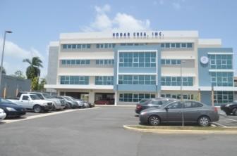 Oficinas administrativas de Hogar Crea en Trujillo Alto. Foto por Joel Cintrón Arbasetti.