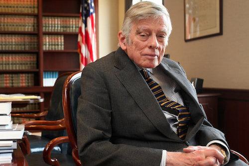 El juez Thomas Griesa. Foto de NYT.