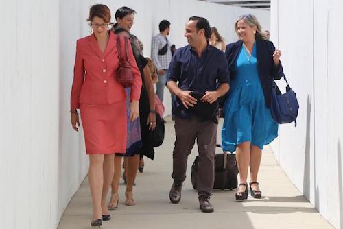La trabajadora social Rachel Hiskes y Omar Silva a la salida del Tribunal Federal.