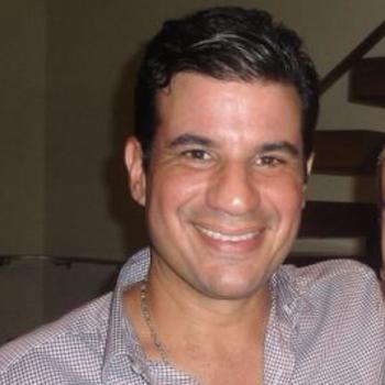 Oscar Iván Rivera es presidente y principal ejecutivo de Omega.