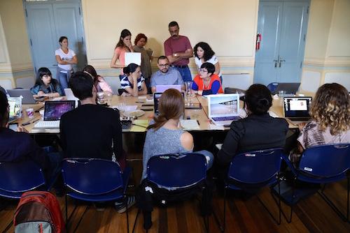 Participantes del taller de periodismo ambiental del pasado febrero durante el taller de datos y visualización.