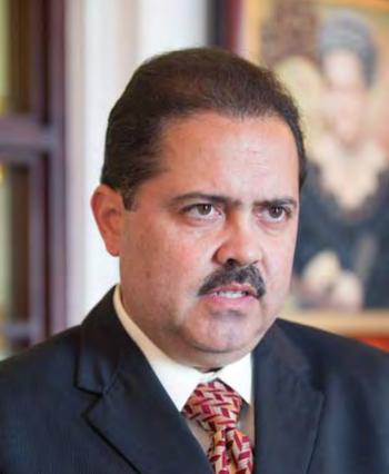 El senador José Luis Dalmau