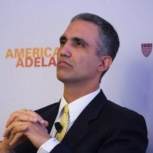 Andres W. López
