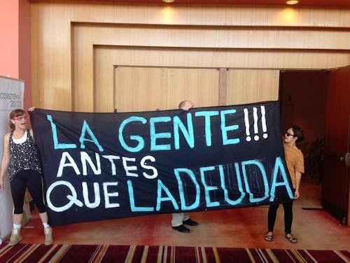 Manifestantes del grupo Campamento con La Junta